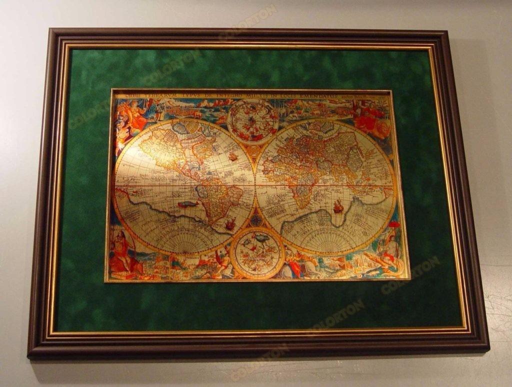 Изображение карты мира на металле в подарок